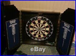 New Samual Adams Dartboard & Cabinet steel tip darts