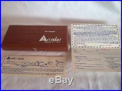 Vintage Accudart The VARIANT Adjustable Weight Steel Tip Darts Wood Case